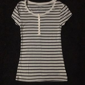 OLD NAVY new without tags size small short sleeve